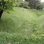 同左表側堀と土塁