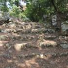 大広間に登る黒金門跡
