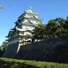天守閣と本丸の石垣