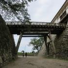 天秤櫓と鐘の丸の間に架かる橋