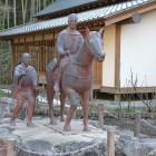 芭蕉、曽良の像