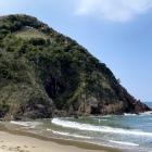 海岸から見た大崎城