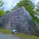 本丸二階櫓石垣
