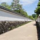 同左西御屋敷土塀通路