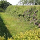 本丸南側石垣、空堀