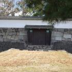 徳川慶喜が落ち延びて行った西門。