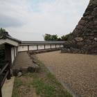 本丸石垣と土塀