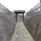 1郭の門近景