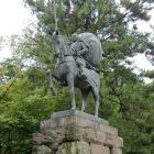 尾山神社にある利家公像