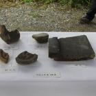 今回の発掘遺物、瓦、丸瓦