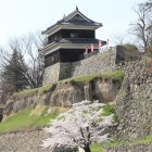 西櫓と石垣、尼ヶ淵城塁
