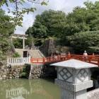 武田神社入口、濠