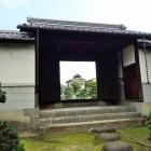 内側から見た長屋門