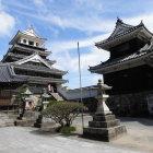 模擬天守と二重櫓と奥平神社