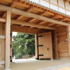 大手門内側、大手木組みと大扉