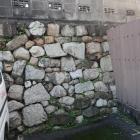 外堀跡の石垣(大津祭曳山展示館裏手)