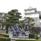 少年隊の像