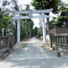 城山熊野神社(鳥居から)