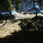七つ井戸から見上げる高石垣