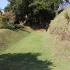 同左、神明城と伊作城間の空堀