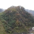 山崎城、右手袋川、殿ダム頂部より