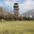 本丸神明城内部、5,6階櫓風ジャングルジム?