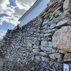 鏡石と野面積み石垣