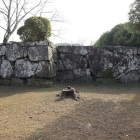 鉄門枡形と鏡石
