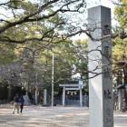 西尾神社鳥居を望む