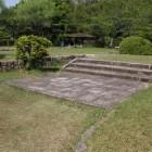 陣屋内部、屋敷礎石跡、式台辺りか?