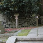 春日口門上がった所の春日神社石垣