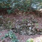 大堀切東下の石垣
