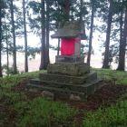 洲島城櫓台の祠