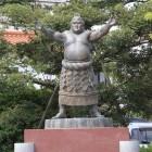 郷土の英雄、横綱琴桜関像