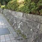 同左の逆方向、陣屋石垣