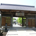 石川家菩提寺「長泉寺」に移築された大手門(臥牛門)